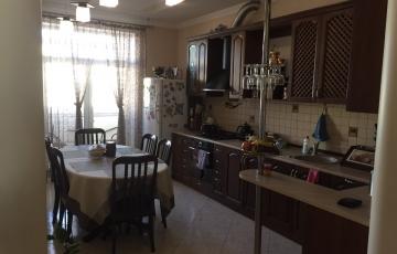 Продам  просторную 2-ух уровневую квартиру в новострое  на Алексеевке